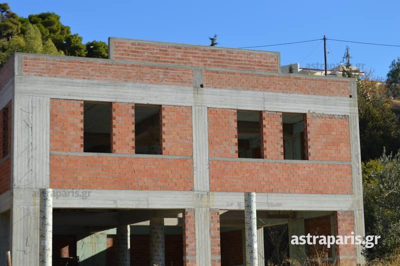 Πρωτιά στις άδειες, αλλά μικρές οι νέες οικοδομές στο Βόρειο Αιγαίο